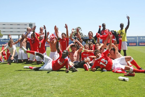 Expérience club pro Benfica, Portugal