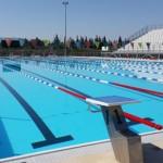 Stage natation à Loutraki en Grèce, bassin 50m découvert, adapté natation sportive, synchronisée et waterpolo