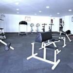 stage natation à Torremolinos, votre hôtel 4* petite salle de musculation