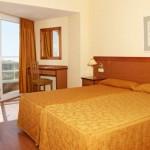 stage natation à Torremolinos, votre hôtel 3* chambre twin