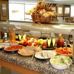 stage natation à Torremolinos, votre hôtel 3* repas sous forme de buffet