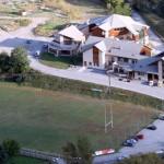 stage natation à Briançon, centre sportif à 3 min à pied du bassin