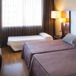 stage natation à Sabadell, hôtel 4* - chambre triple