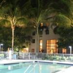 Stage natation Plantation en Floride, hébergement à 2km en appartement-hôtel, piscine et terrasse