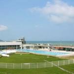 stage natation à Dieppe, bassin 50m découvert - bord de mer